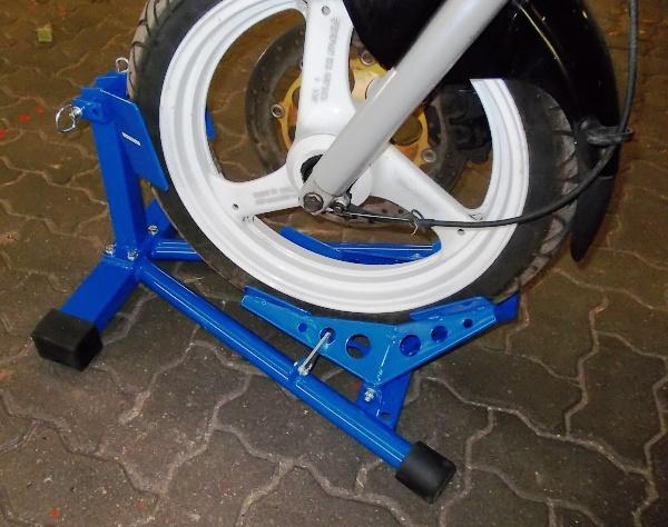 bluefix motorradst nder mit motorradwippe f r sicheren stand anh nger ersatzteile versand. Black Bedroom Furniture Sets. Home Design Ideas